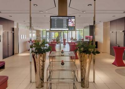 Bankett Lobby Radisson Blu Hotel Leipzig 1600x750 (2)