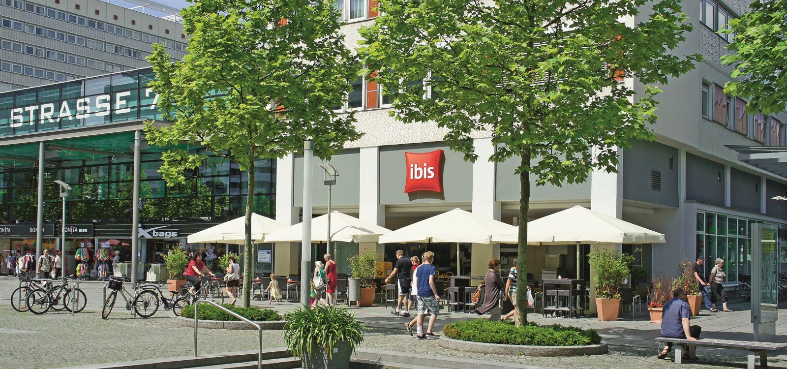 Ibis hotel dresden zentrum artmanagement for Dresden hotel zentrum