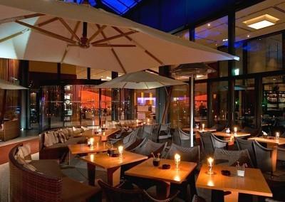 Sheraton_Grand_Hotel_Berlin_Esplanade_Eingang