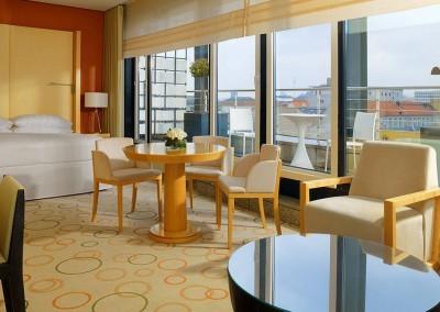 Sheraton_Grand_Hotel_Berlin_Esplanade_Penthouse_Suite