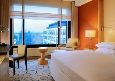 Sheraton_Grand_Hotel_Berlin_Esplanade_Standardzimmer